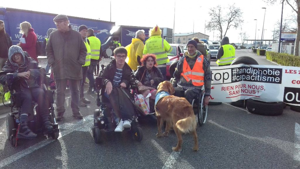 personnes handicapées (handicap visible et invisible) et Gilets jaunes toulousains