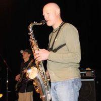 Jimy Professeur de saxophone chez alive my studio