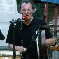 Thierry Didier Klein Multi-percussionniste/chanteur chez alive my studio