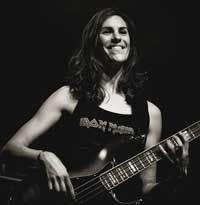 Céline Guy Professeur de guitare basse